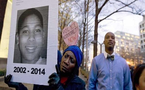 کشتار سیاه پوستان به دست پلیس آمریکا مصداق جنایت علیه بشریت است