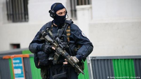 خبرنگاران محاکمه 9 ایتالیایی در فرانسه به اتهام اقدام تروریستی